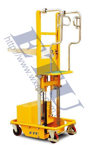 ETU易梯优,电动起升取货车 半电动取货车 带有安全支腿